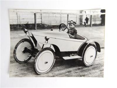 1925---Ferry